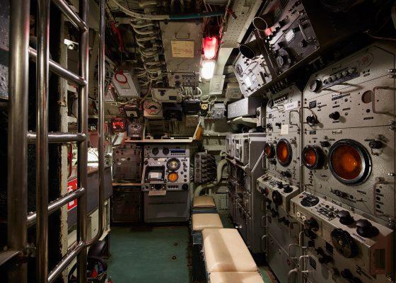 Central opérations du sous-marin Espadon.