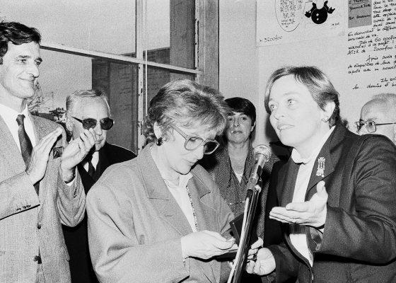 Photographie de l'inauguration du Centre d'Information du Droit des Femmes en présence d'Yvette Roudy, ministre des Droits de la femme en 1984 à Saint-Nazaire.