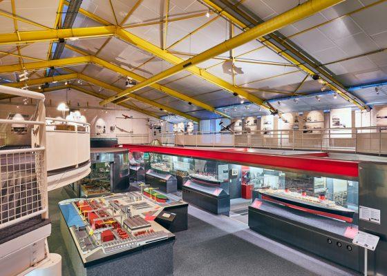 Salle d'exposition permanente de l'Écomusée de Saint-Nazaire, consacré à l'histoire de la ville.