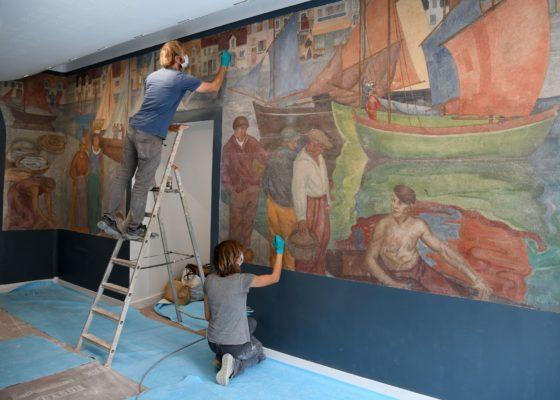 Restauration en 2019 d'une fresque réalisée par Madeleine Massonneau, vers 1933 – 1934, dans l'ancienne école Jean Jaurès.