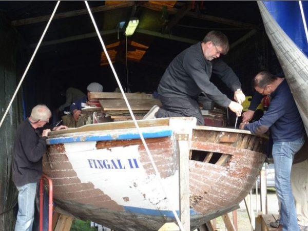 Photographie de la restauration de bateaux anciens de plaisance